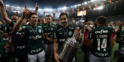 Palmeiras comemora o bicampeonato